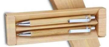 """סט במבור, עט כדורי ועיפרון מכני עשויים במבוק בשילוב אביזרי מתכת בקופסת מתנה 2.2 * 5.2 * 17.2 ס""""מ"""
